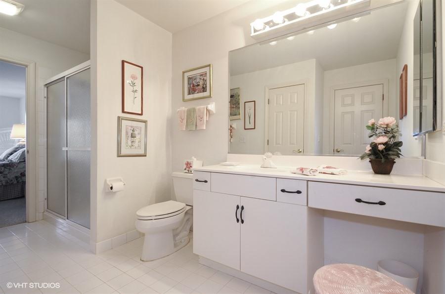 13_1816WestleighDr_8_Bathroom_LowRes.jpg