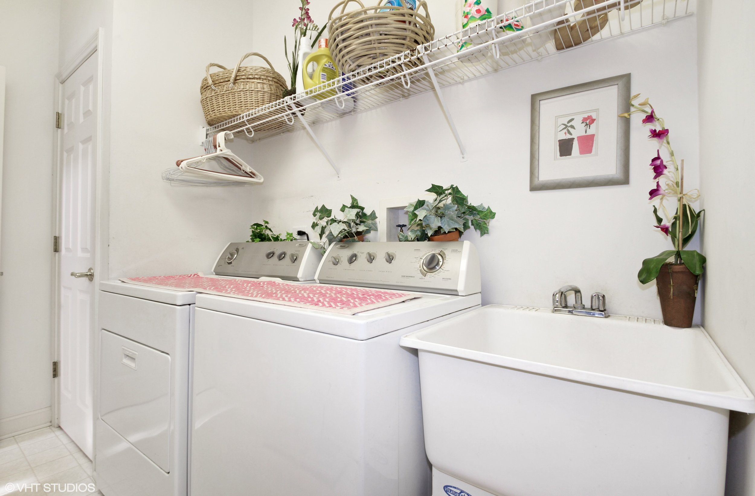 16_1816WestleighDr_44_LaundryRoom_HiRes.jpg