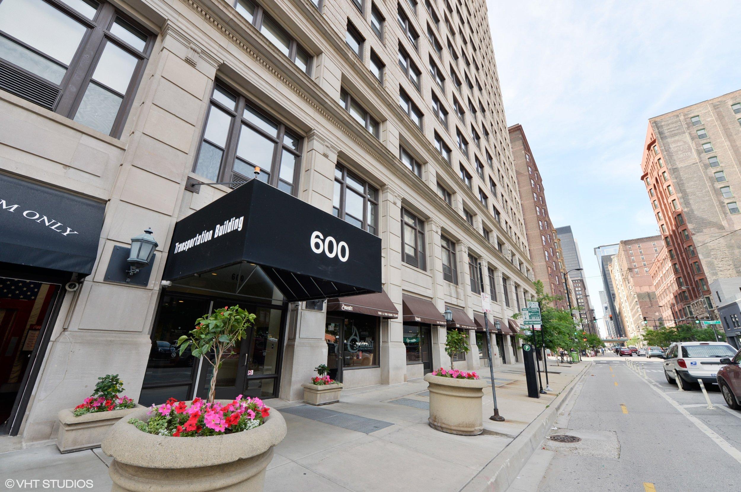 600 S Dearborn St -
