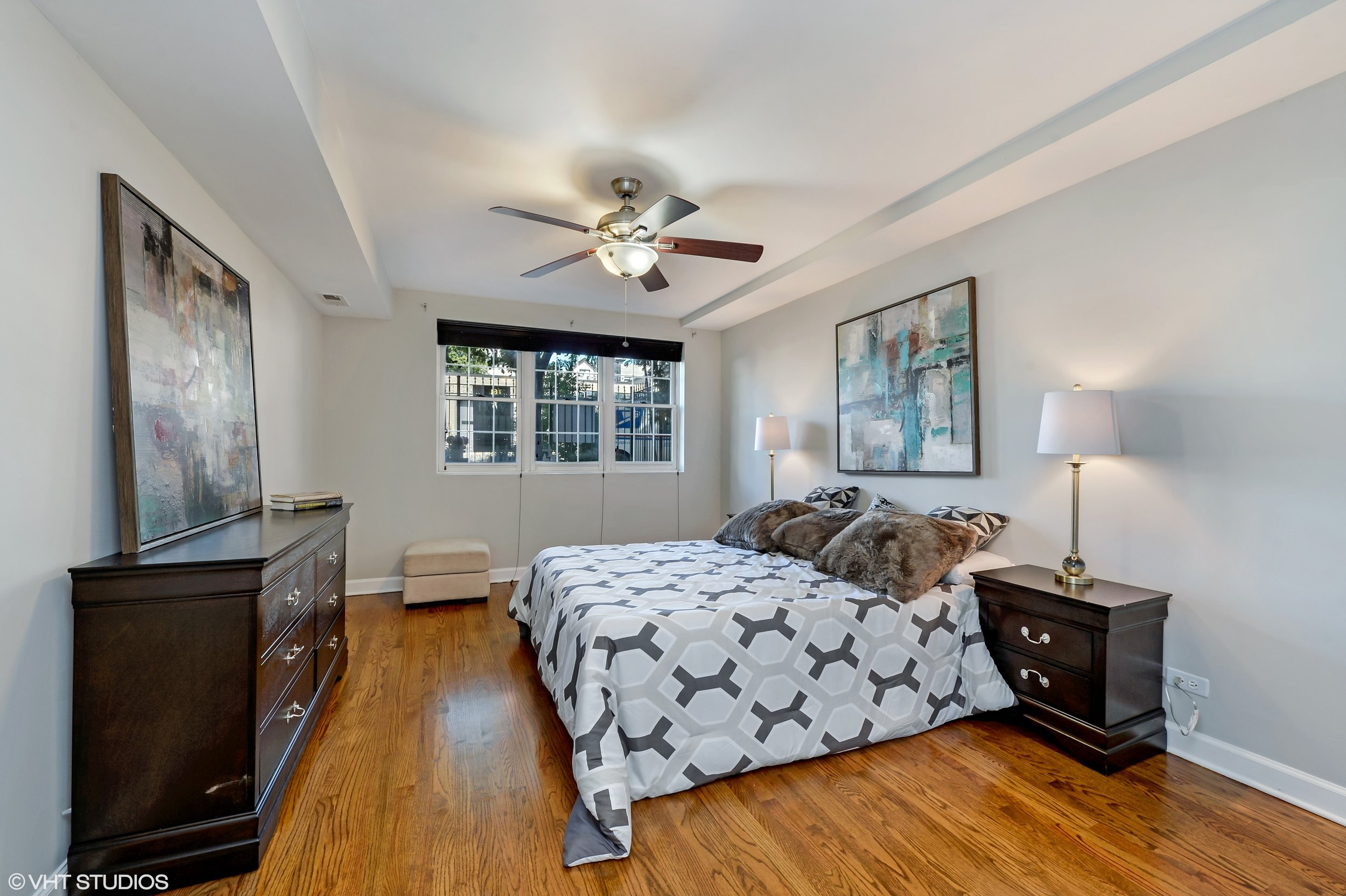 15_942NWoodStreet_Unit1_154_3rdBedroom_HiRes.jpg