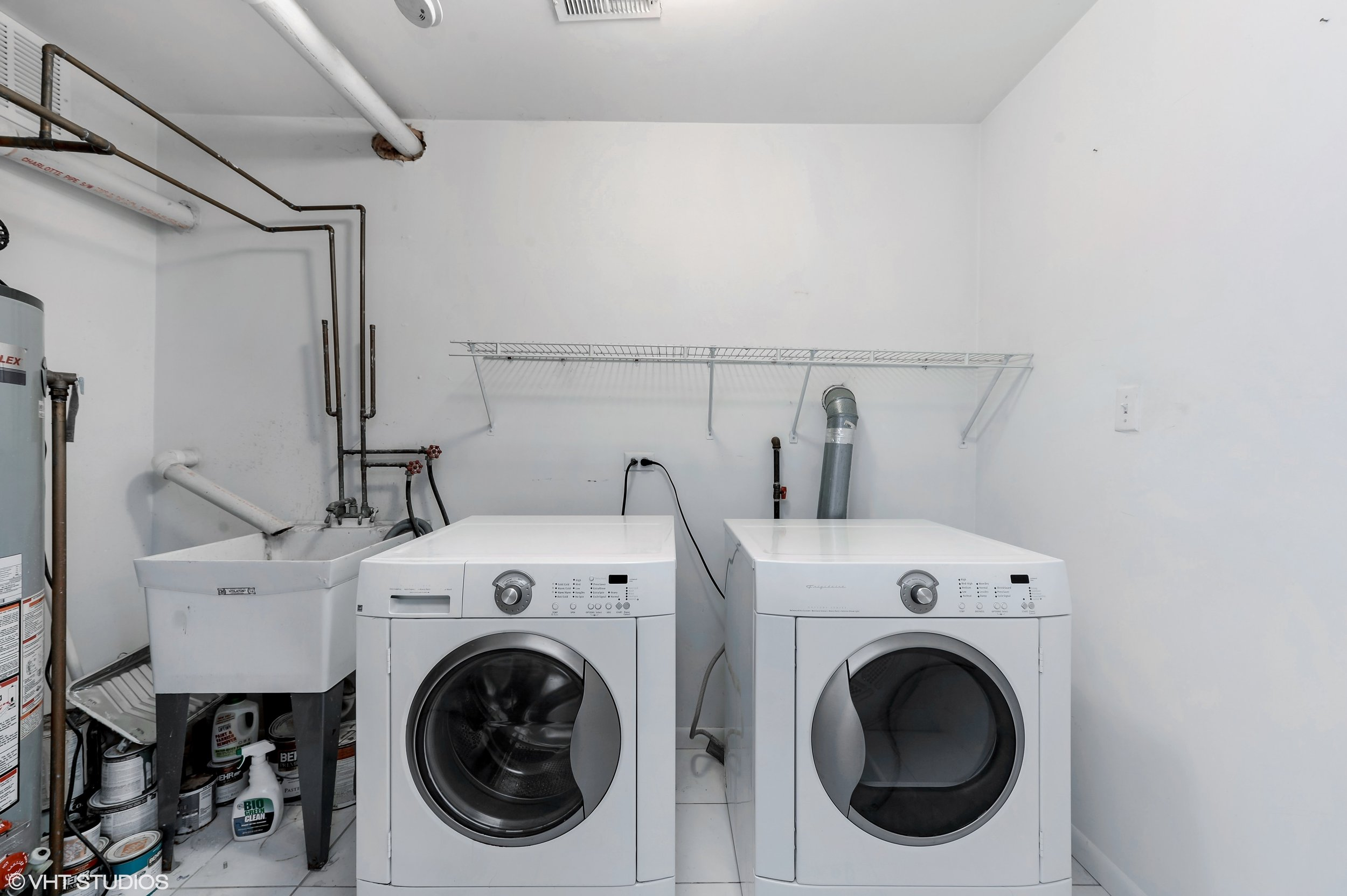 19_942NWoodStreet_Unit1_44_LaundryRoom_HiRes.jpg