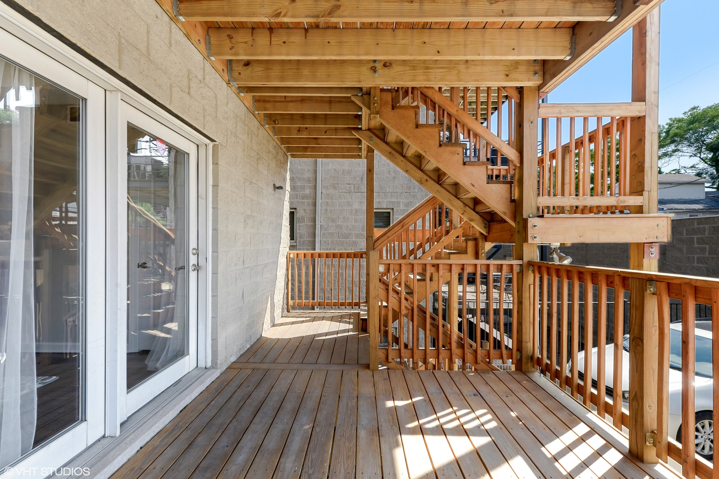 20_942NWoodStreet_Unit1_66_Deck_HiRes.jpg