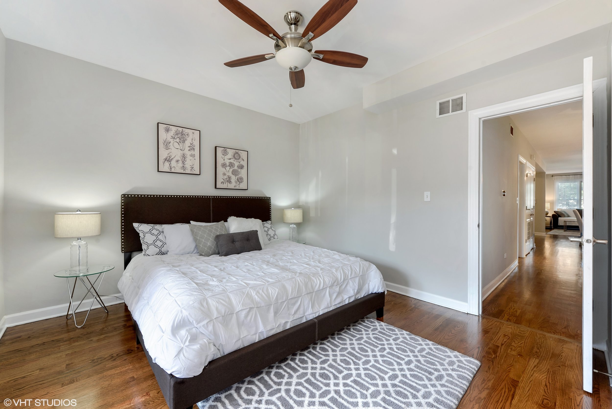 12_942NWoodStreet_Unit1_178_MasterBedroom_HiRes.jpg