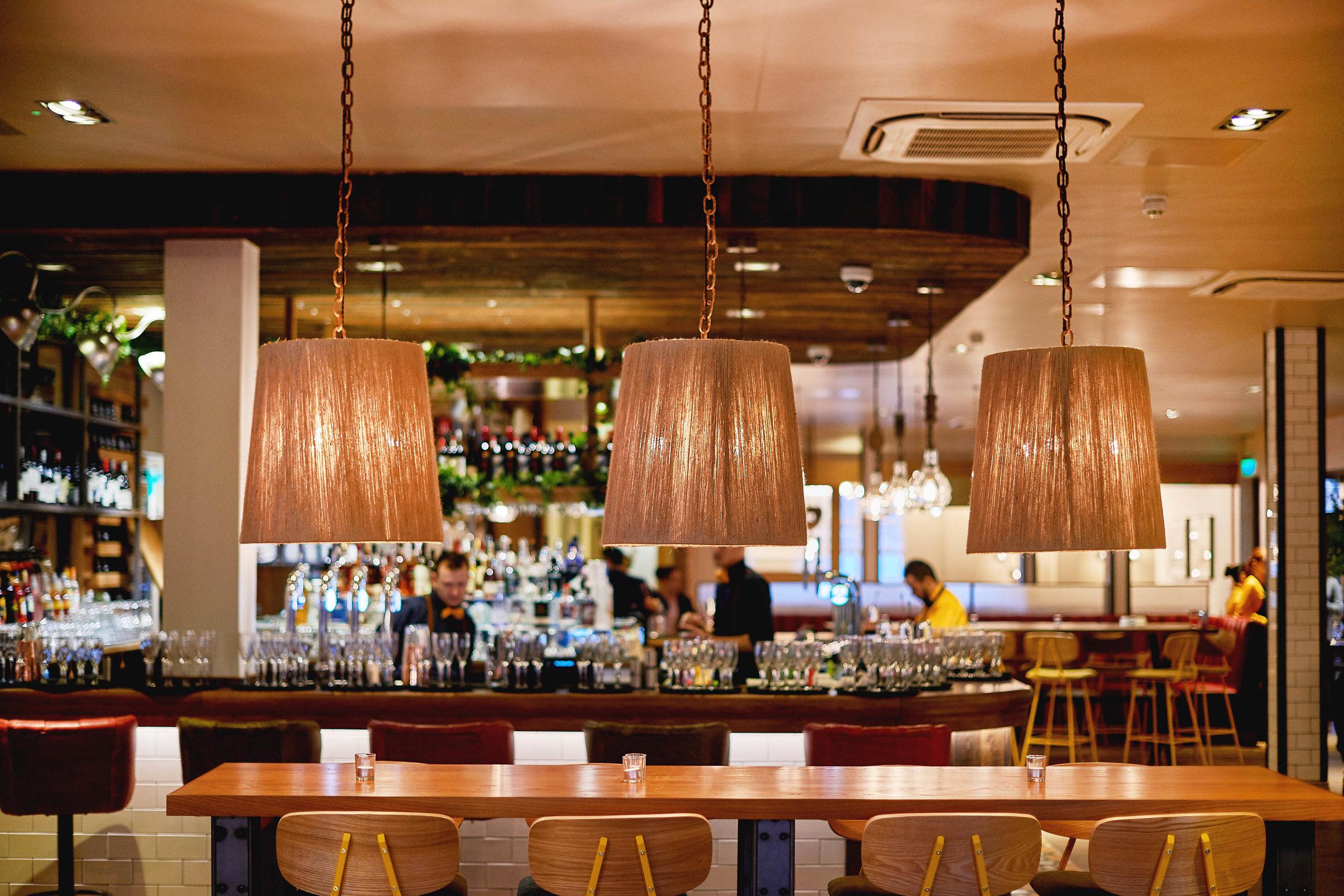 pendant-light-restaurant-design.jpg