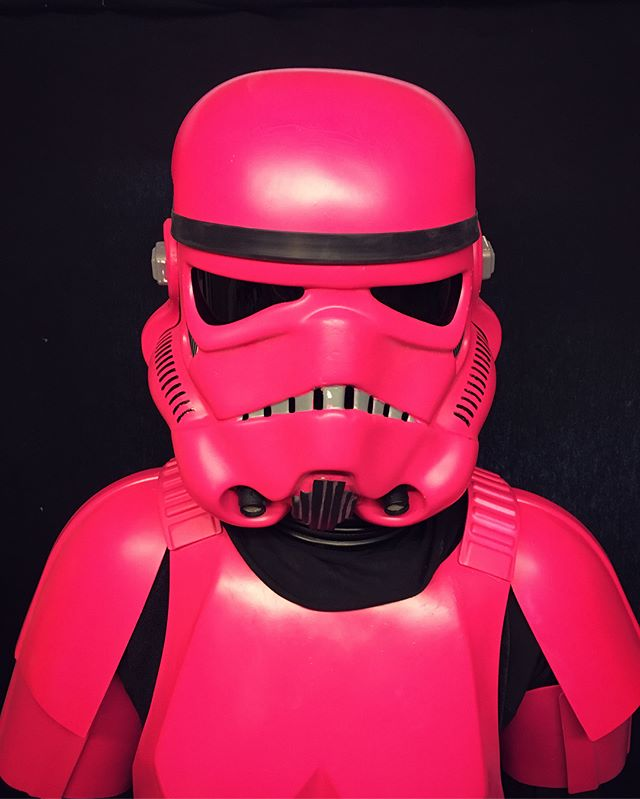Welcome to the Pink side! Doesn't she look great? No idea too strange - Get in touch!  #starwars #starwarsfan #stormtrooper #stormtrooperlife #pinkstormtrooper #pink #interiordesign #thedarkside #welcometothedarkside #spraypaint #customspraypaint #bricabrac #interiorsolutions