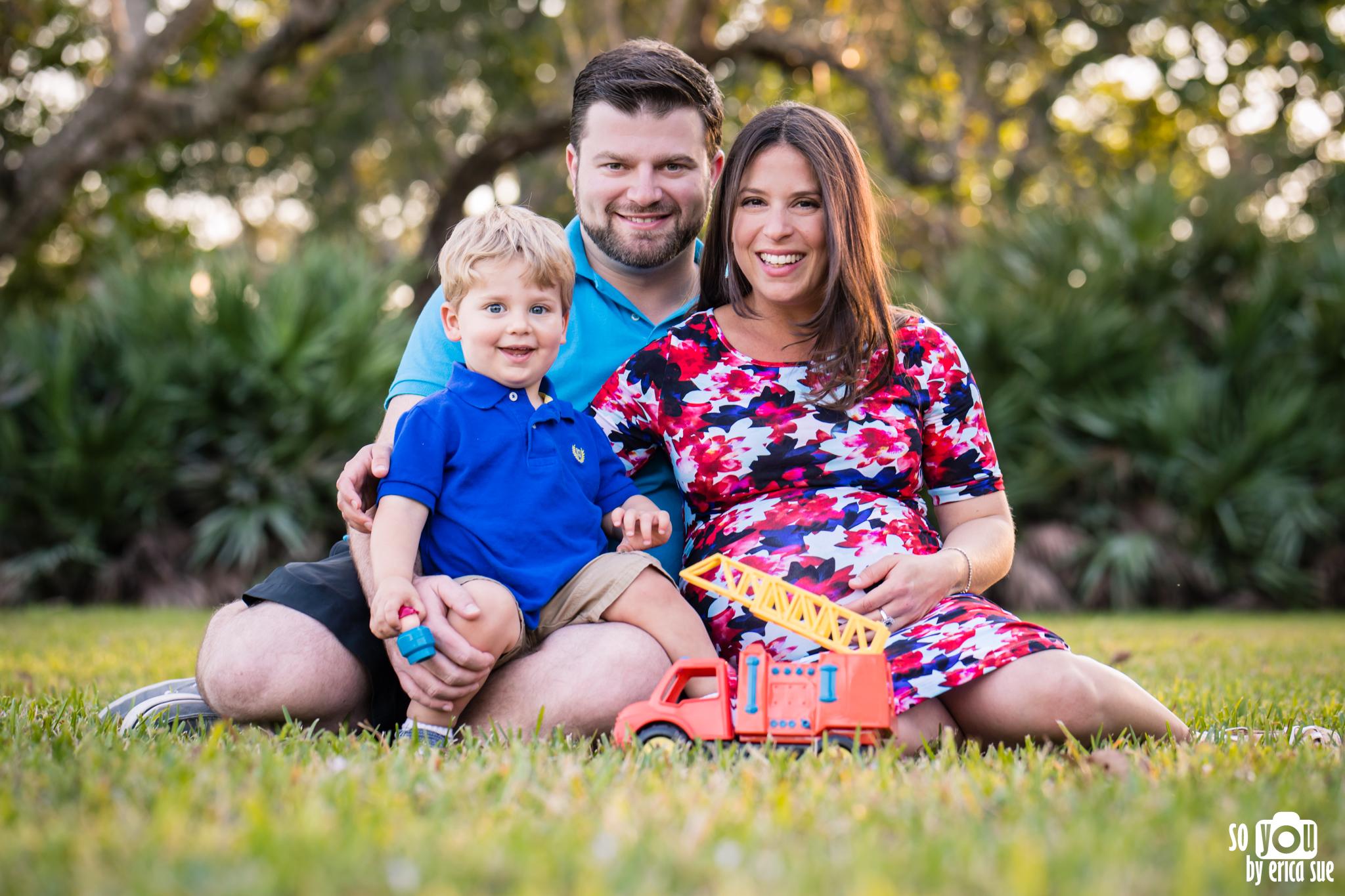 maternity-matheson-hammock-family-of-three-5661.jpg