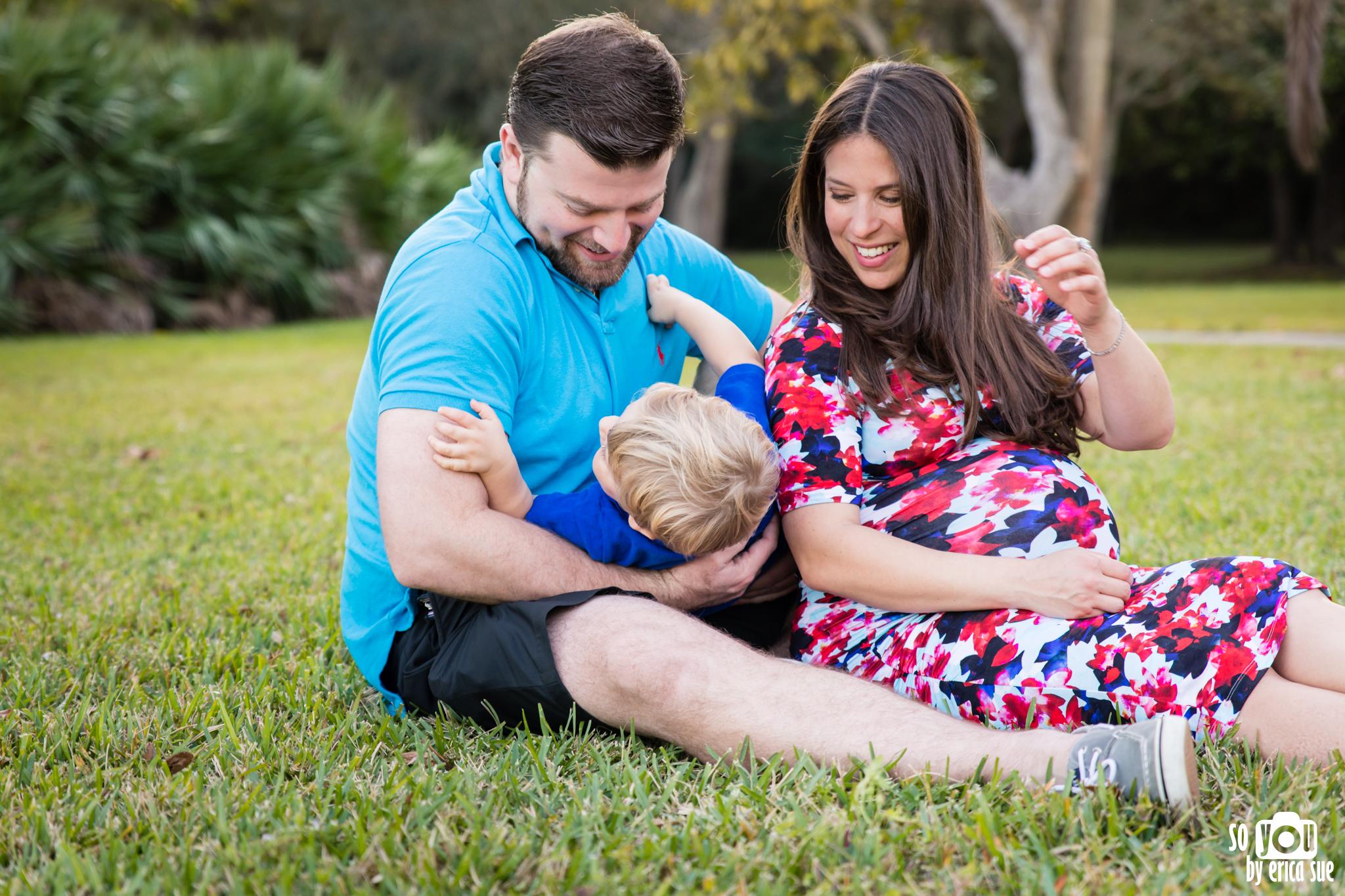 maternity-matheson-hammock-family-of-three-5726.jpg