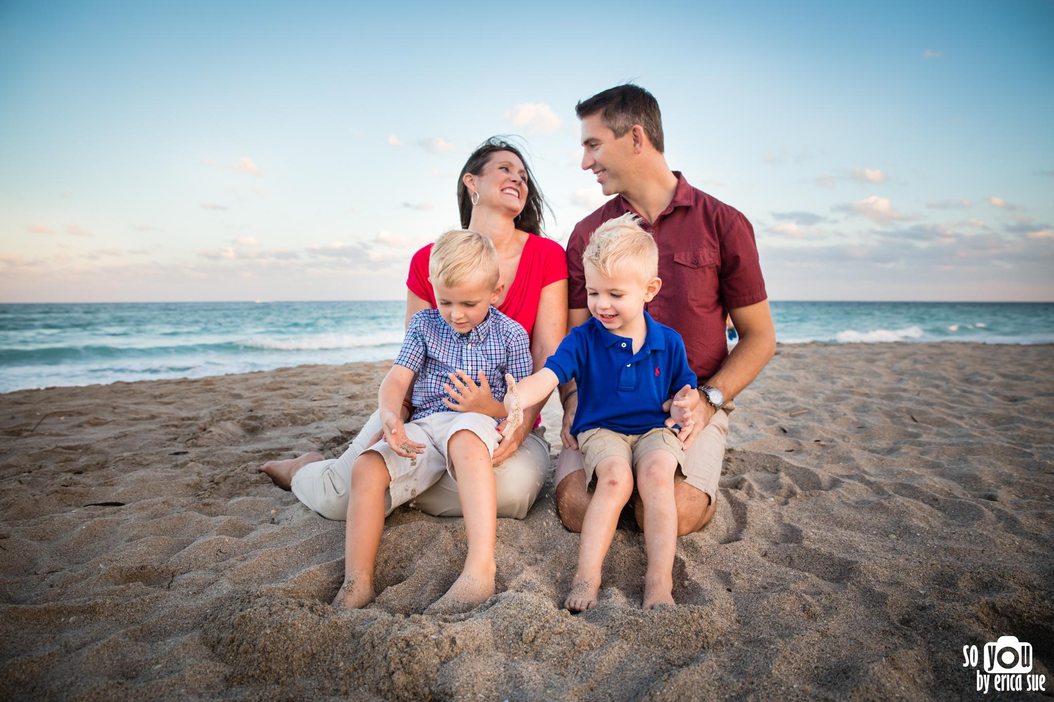 hollywood-beach-lifestyle-family-photography-0114.jpg