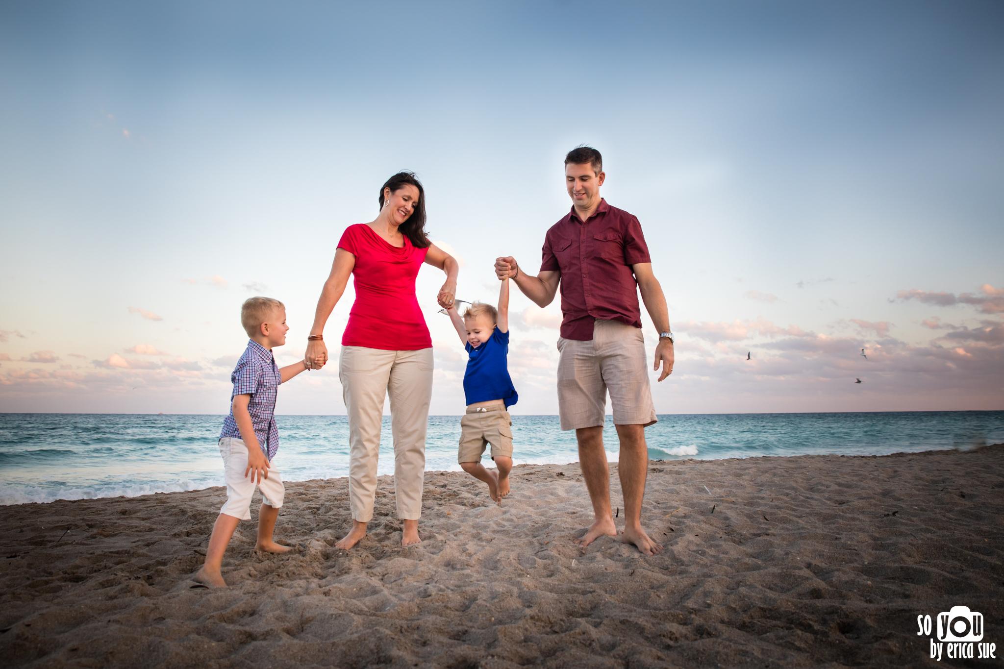 hollywood-beach-lifestyle-family-photography-0151.jpg