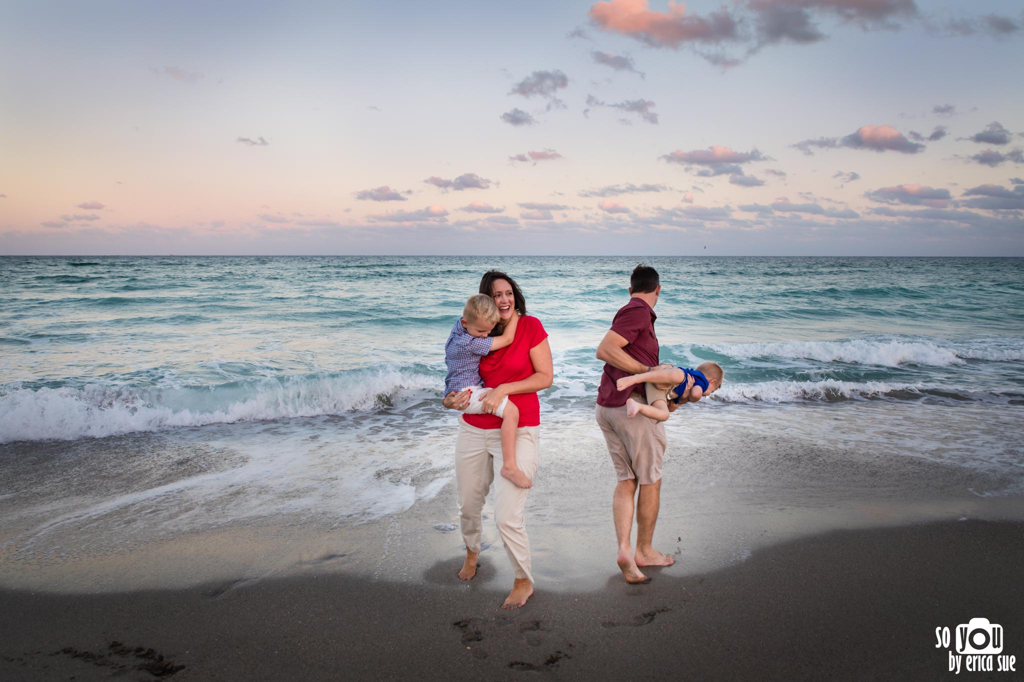 hollywood-beach-lifestyle-family-photography-0256.jpg