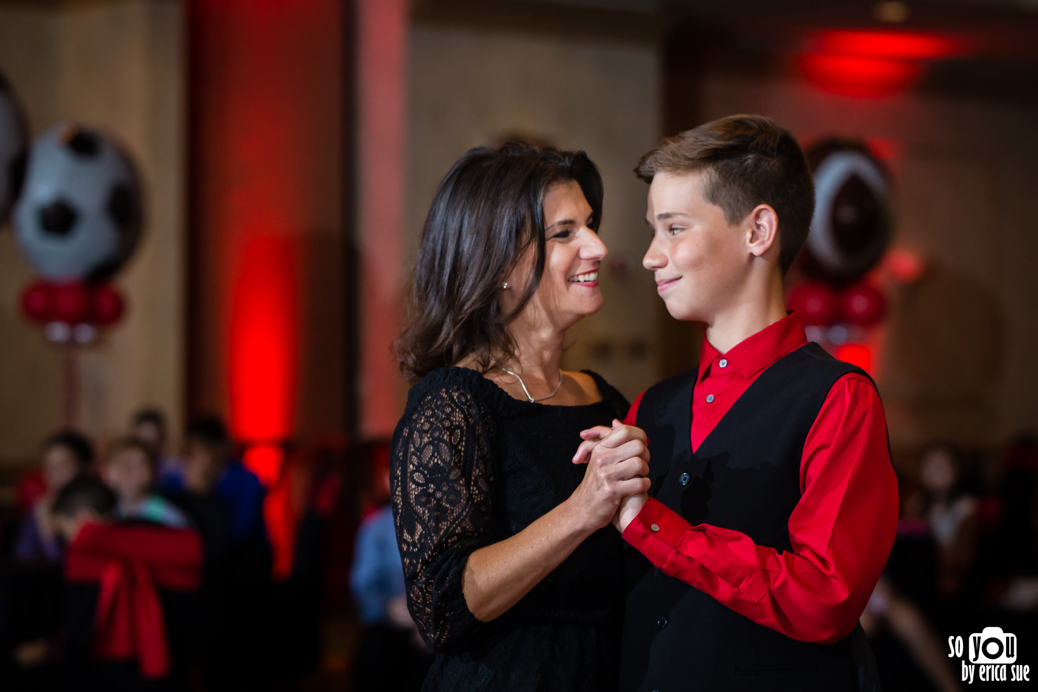 bar-mitzvah-photographer-parkland-fl-marriott-0165.jpg