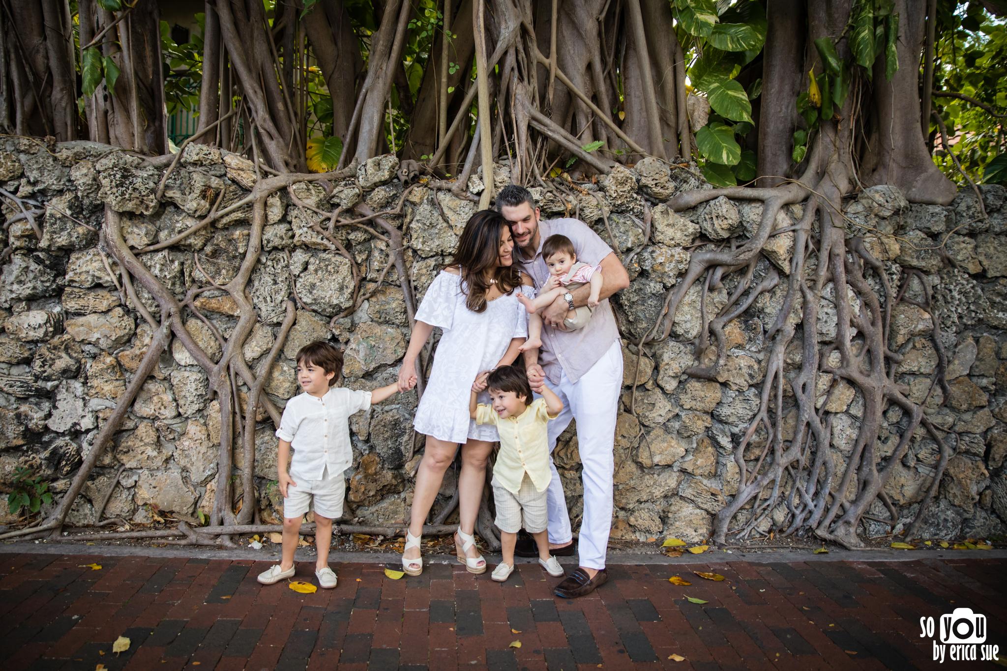 coconut-grove-lifestyle-family-photography--3.jpg