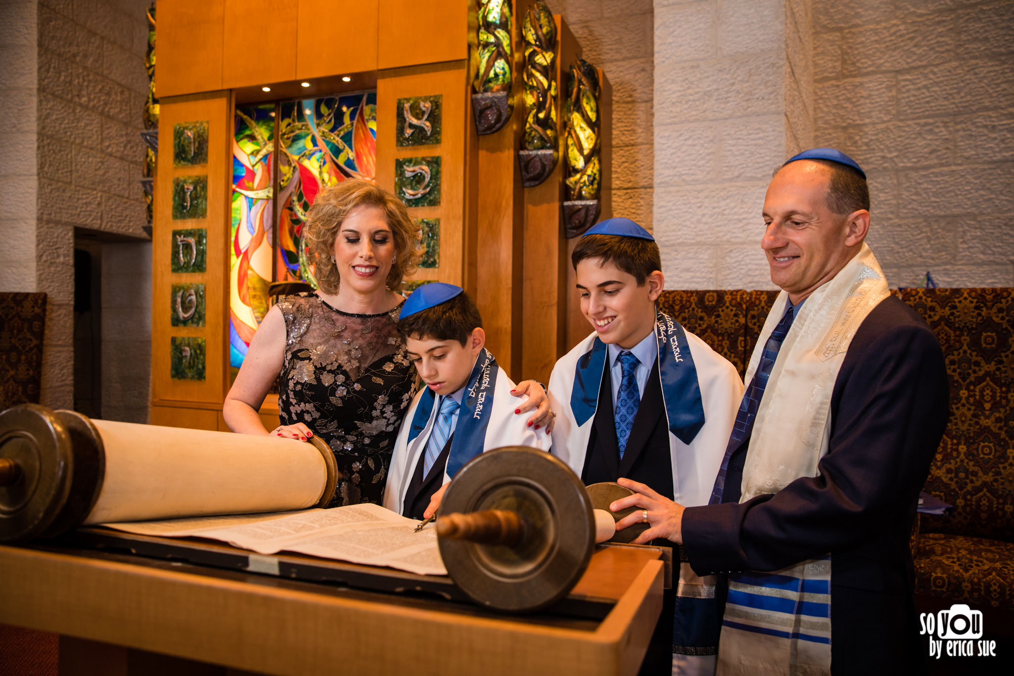 reading torah davie