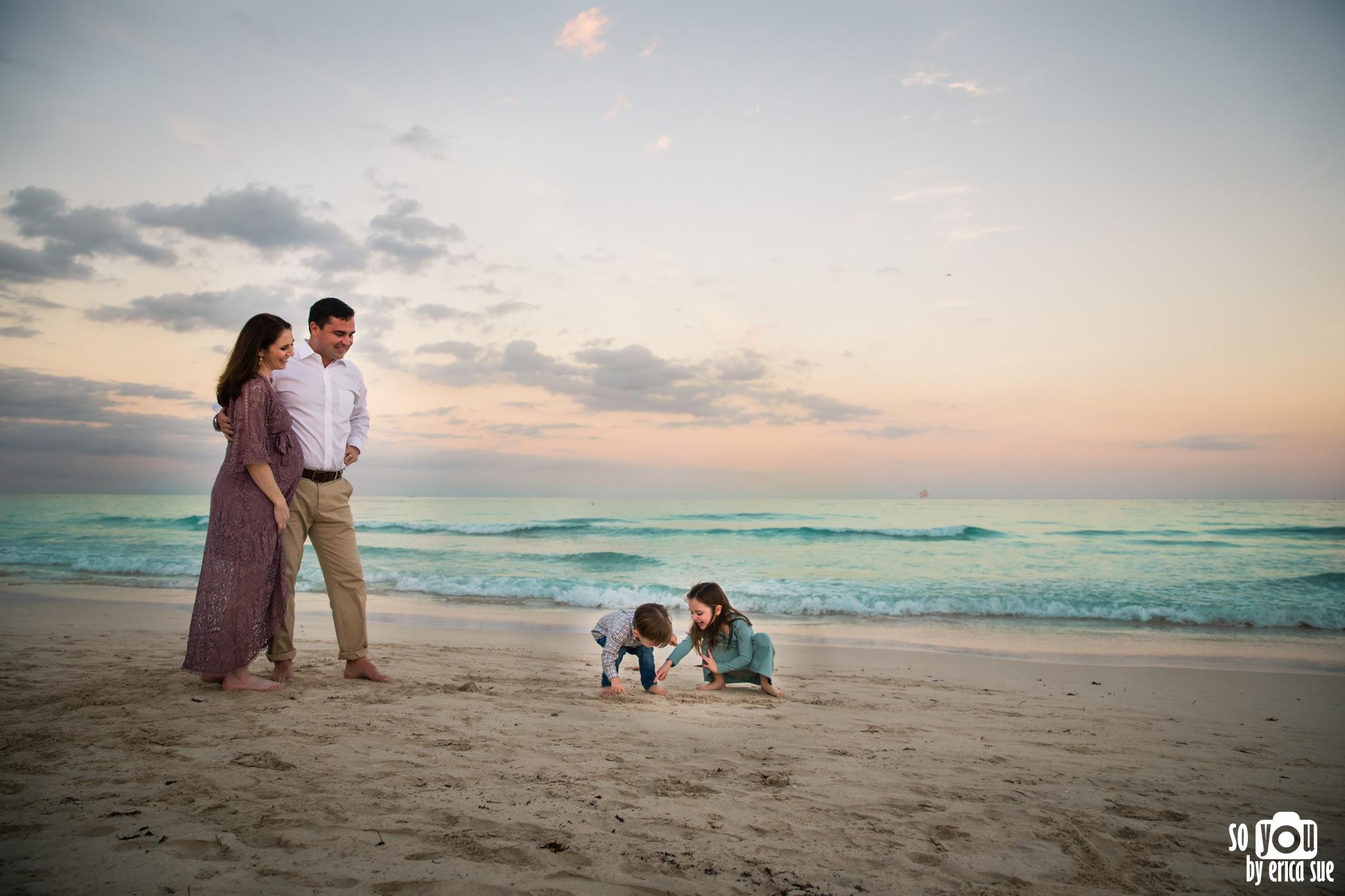 so-you-by-erica-sue-miami-maternity-photographer-south-pointe-park-9509.jpg
