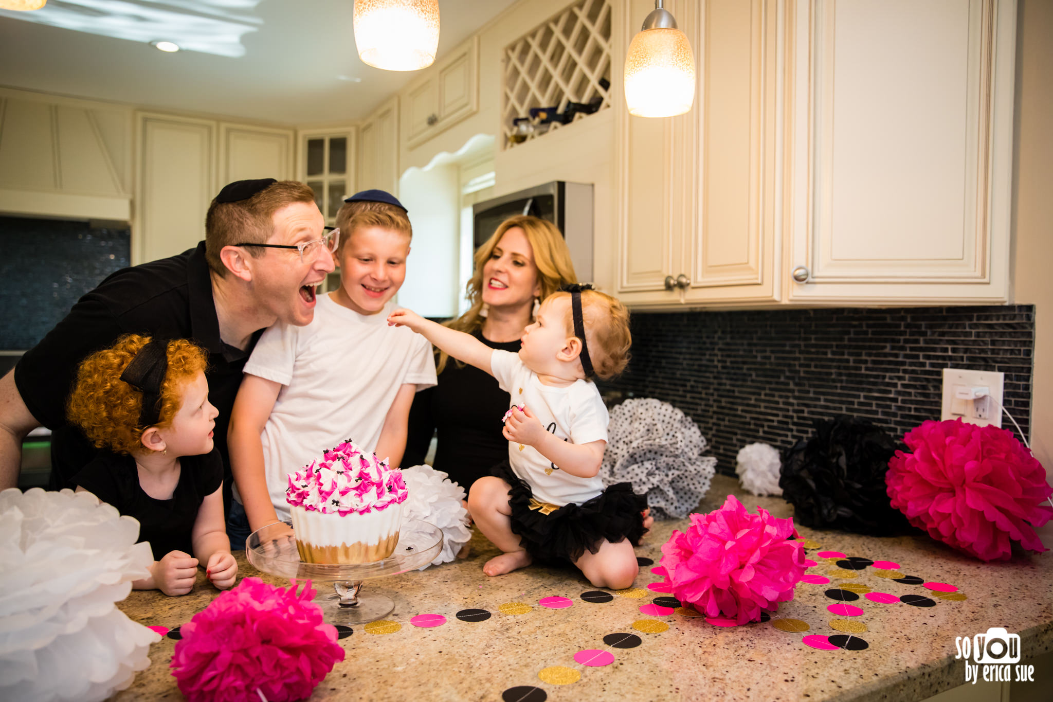 so-you-by-erica-sue-hollywood-fl-photographer-in-home-lifestyle-1st-birthday-cake-smash-3890.jpg