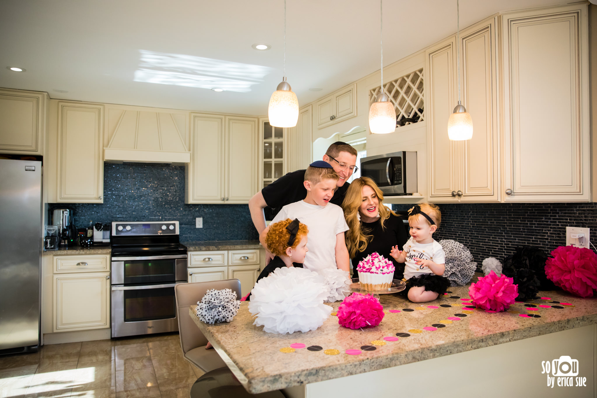 so-you-by-erica-sue-hollywood-fl-photographer-in-home-lifestyle-1st-birthday-cake-smash-3898.jpg