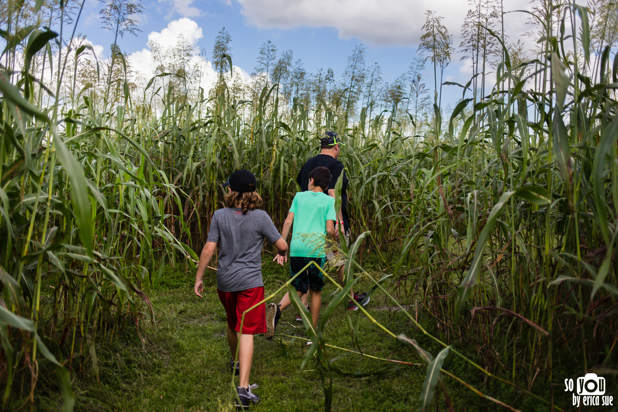 so-you-by-erica-sue-disney-photography-family-mickey-not-so-scary-partin-ranch-corn-maze-old-town-orlando-4265.jpg