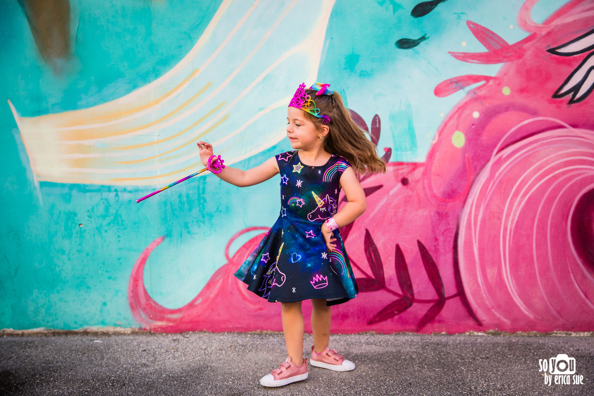 so-you-by-erica-downtown-hollywood-murals-lifestyle-family-photographer-9459.JPG