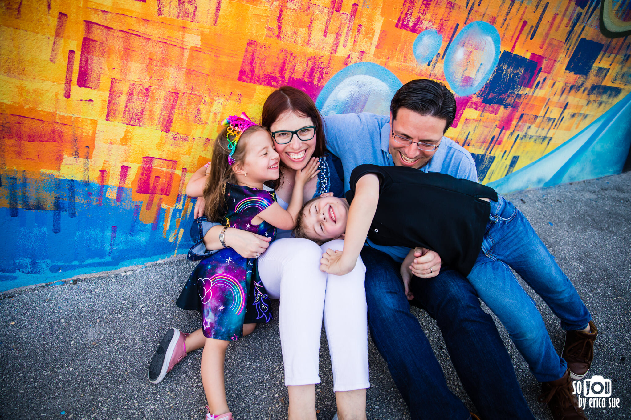 so-you-by-erica-downtown-hollywood-murals-lifestyle-family-photographer-9766.JPG