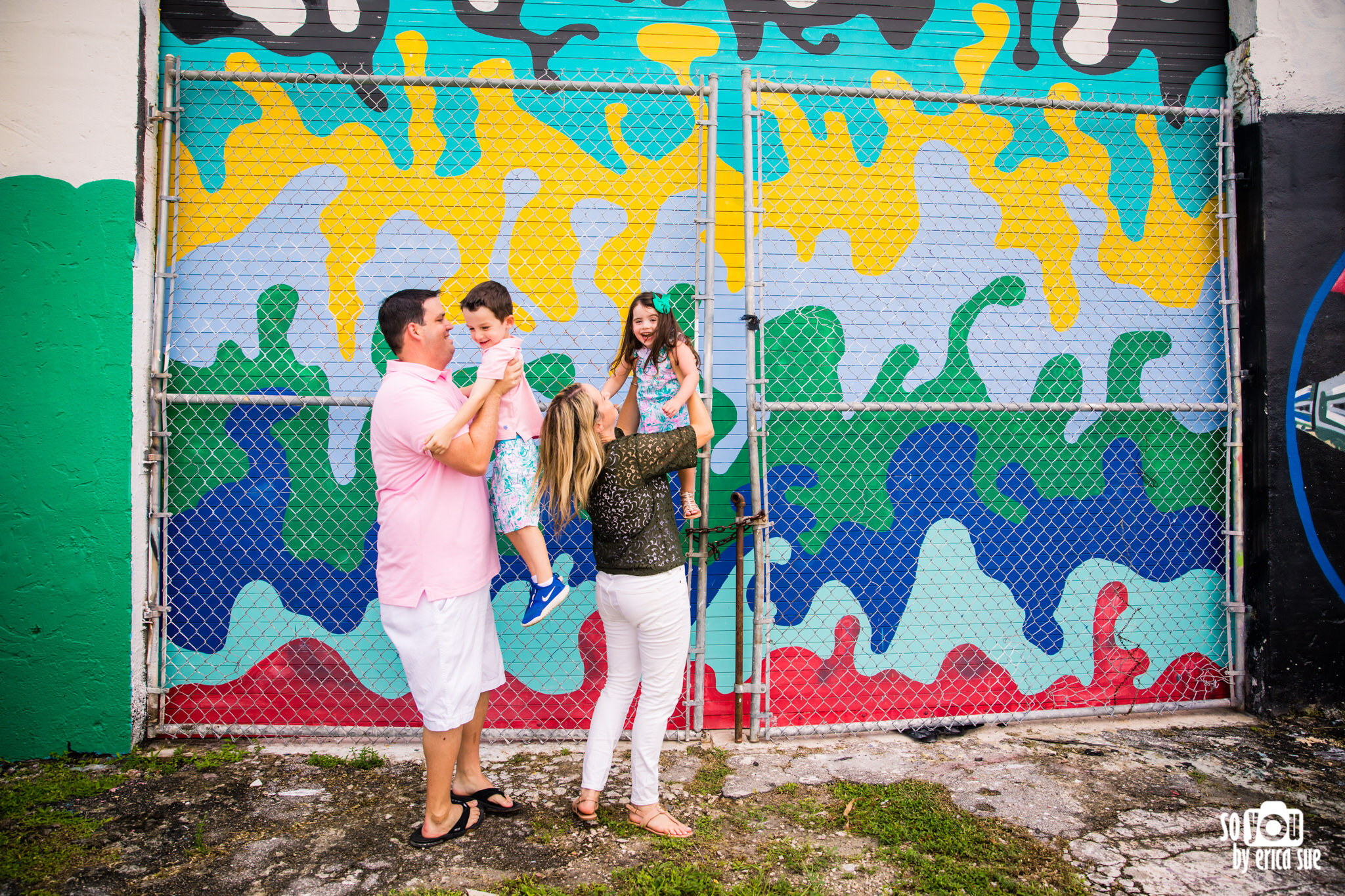 so-you-by-erica-fat-village-ft-lauderdale-murals-lifestyle-family-photographer-7017.JPG