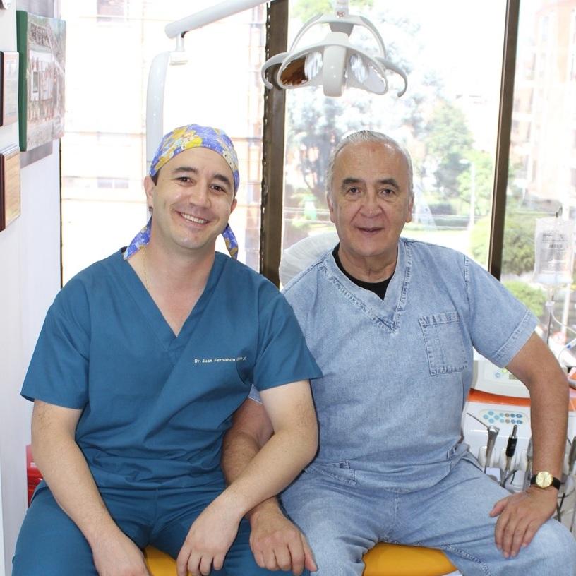 Dental Tourism Colombia - Bogota - Dr. Juan Fernando Uribe, Dr. Luis Fernando Uribe.