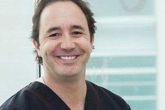 Dr. Julio Gonzales Dental Tourism Colombia Cartagena