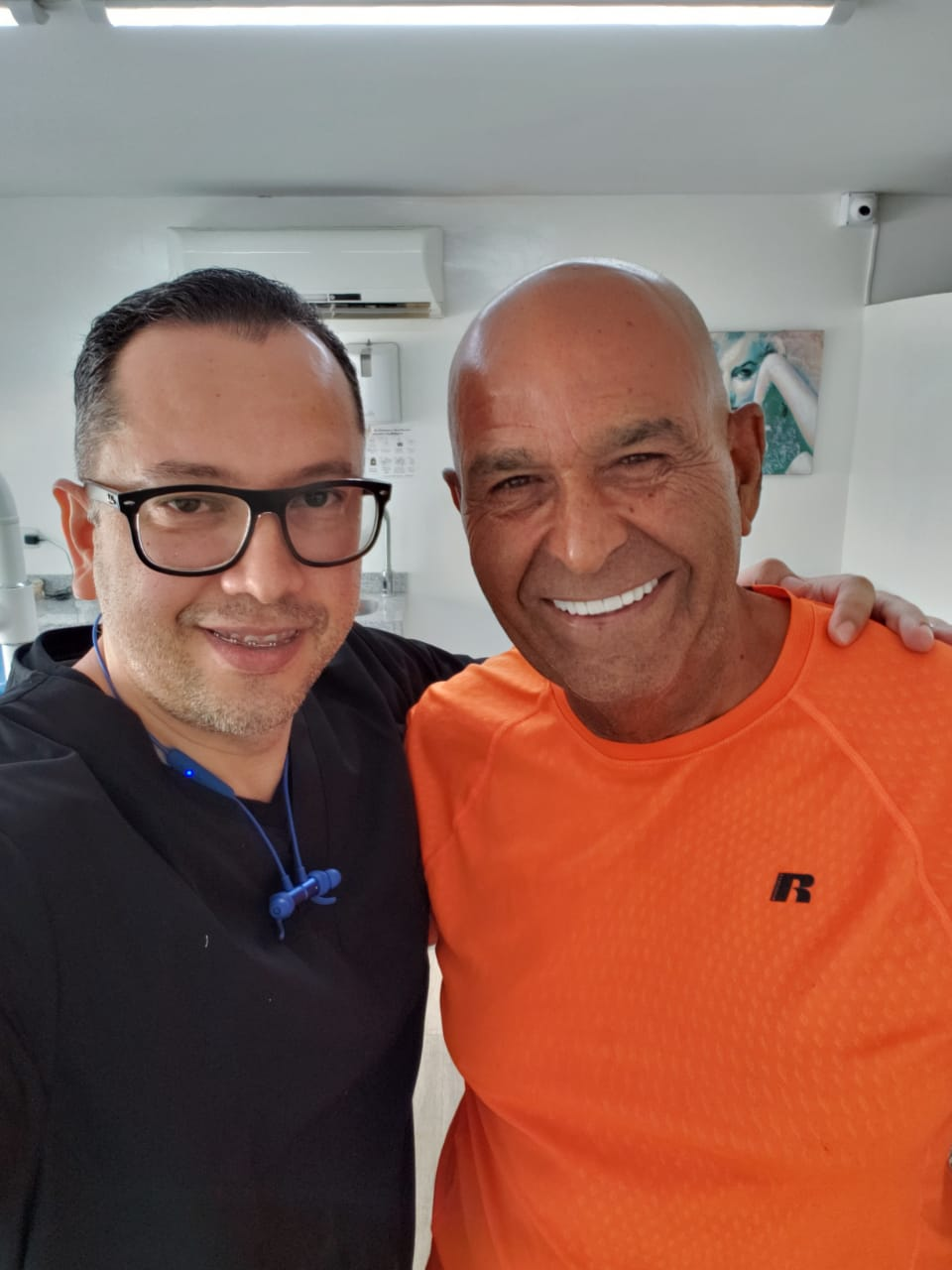 Dr. Julio Oliver - 4 Reasons Why Cartagena, Colombia Is Best For Cosmetic Dentistry