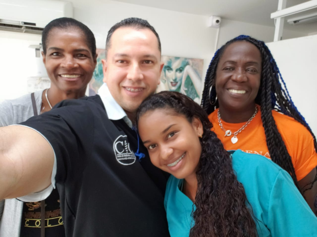 Dr. Julio Oliver, Angie, Daphne, and Cynthia in Cartagena, Colombia (Dental Tourism Colombia)