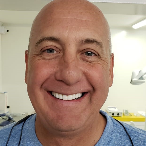 Mike - Calculating The Cost Of Dental Implants In Medellin, Colombia