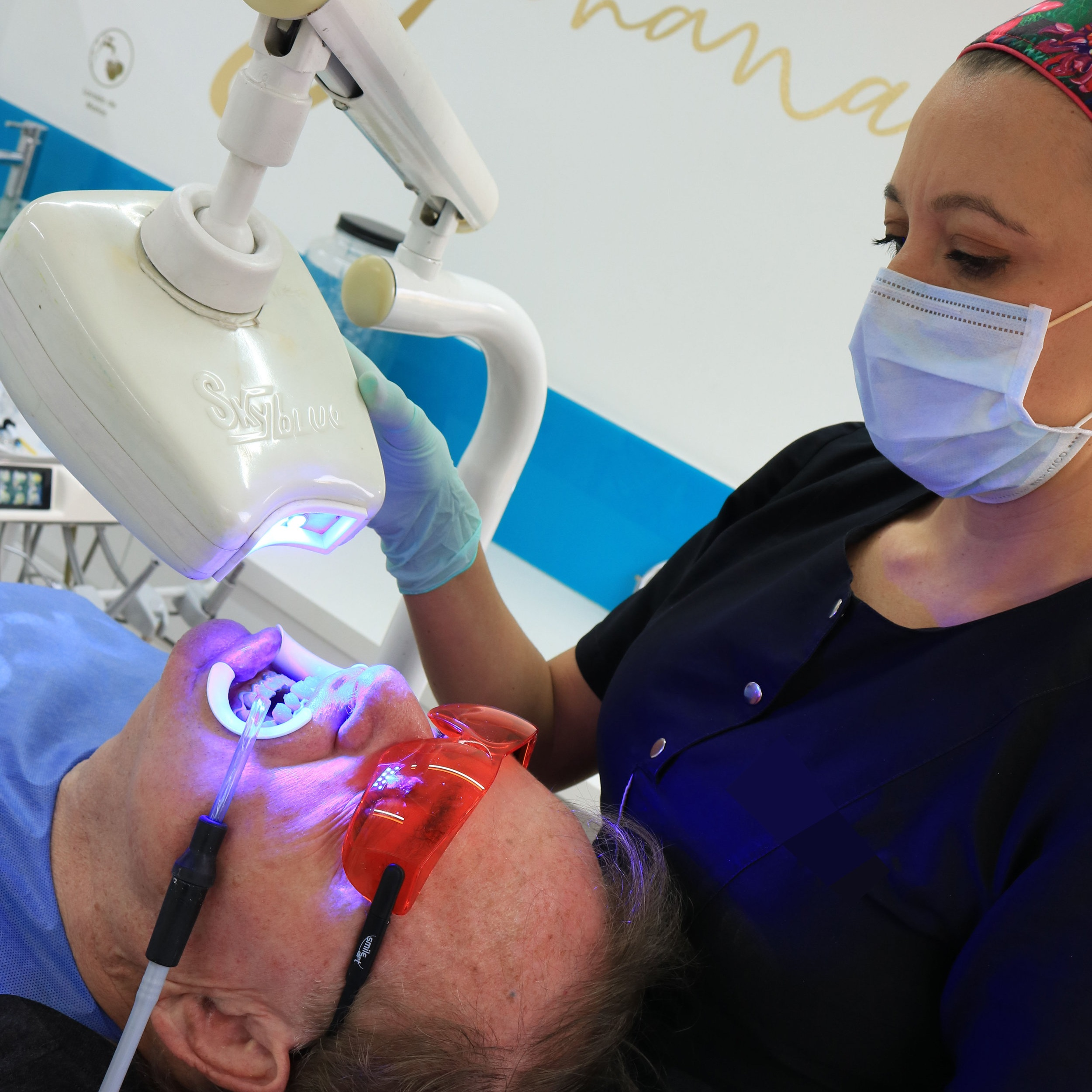 Rod and Dr. Johana Ossa 2 - Dental Tourism Colombia (Medellin)