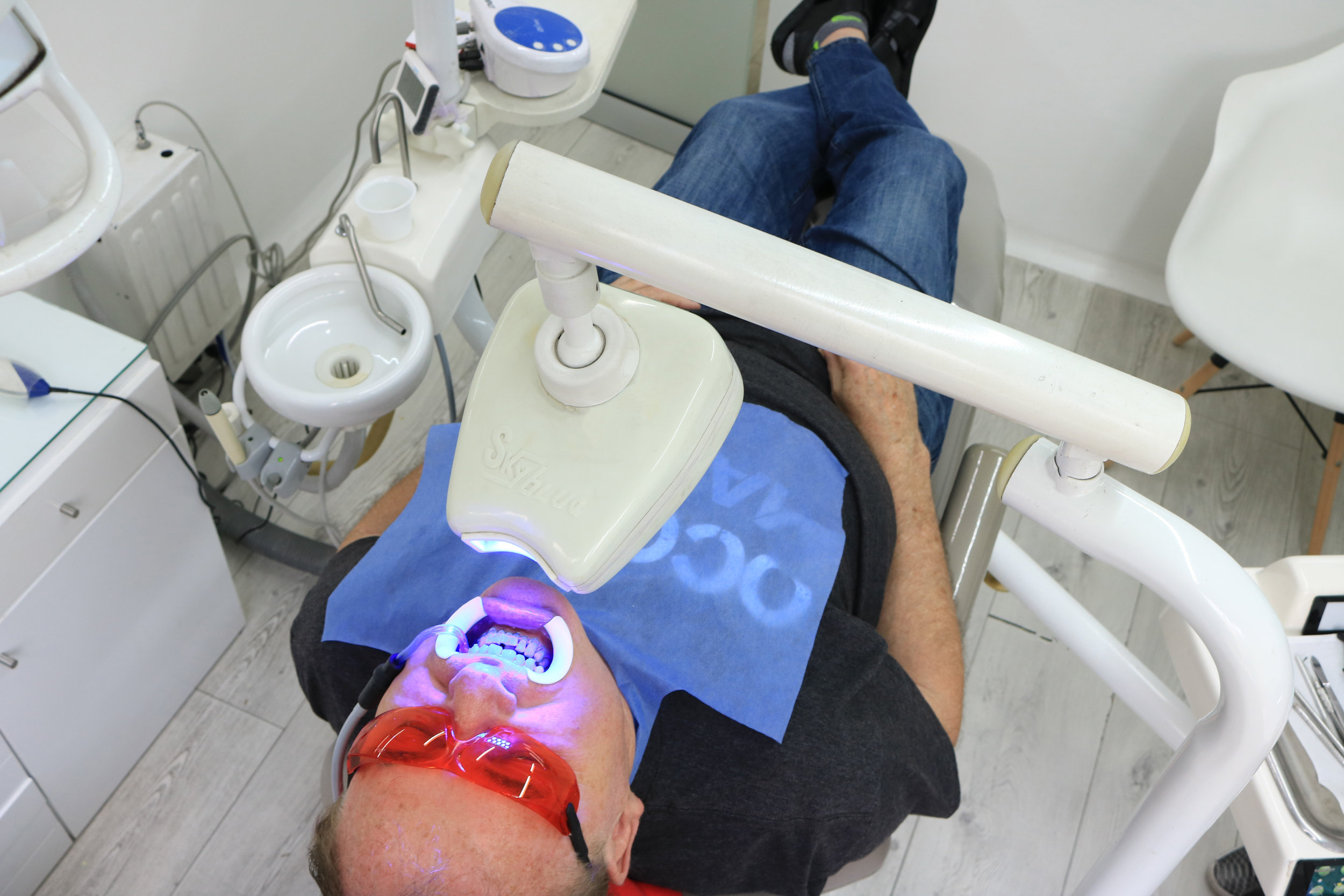 How much does teeth whitening in Medellin, Colombia cost? - Dr. Johana Ossa