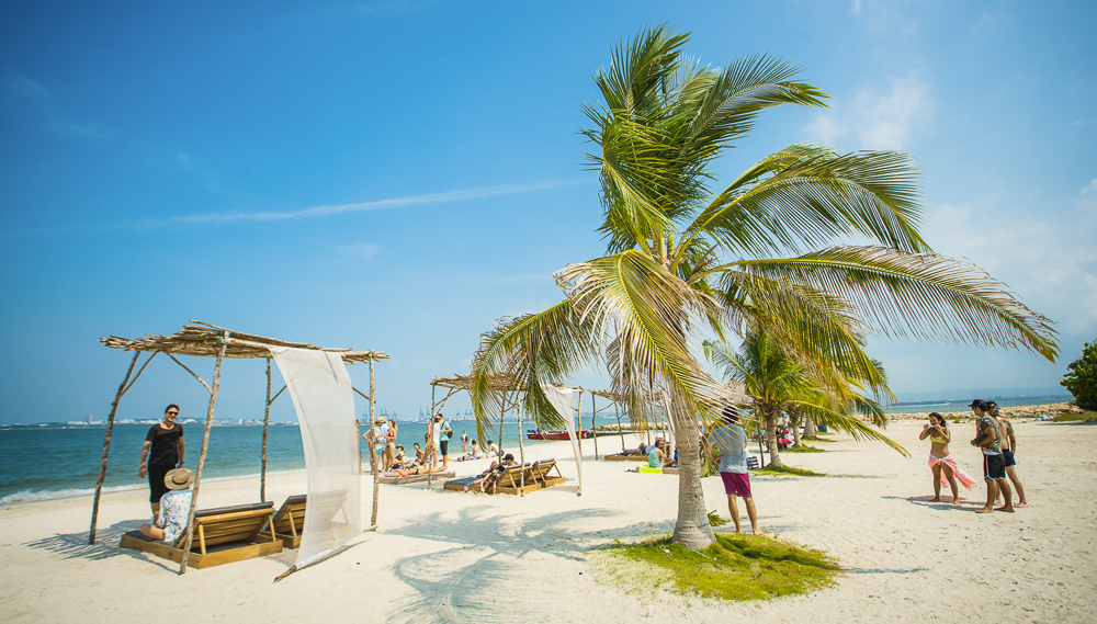 Cartagena Beaches - Why Colombia is the best place to get porcelain veneers abroad