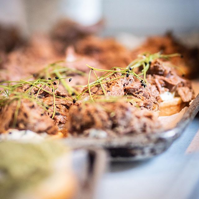 Lamb barbacoa, micro chive, chili mint cream cheese, BBQ tomato jam on hawaiian slider rolls. 📷 by @shanaleighphoto