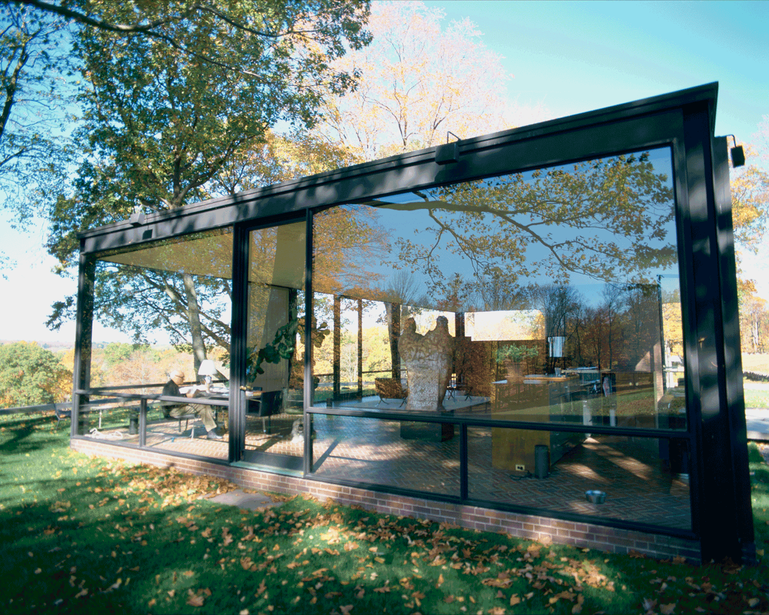 Philip Johnson in the Glass House