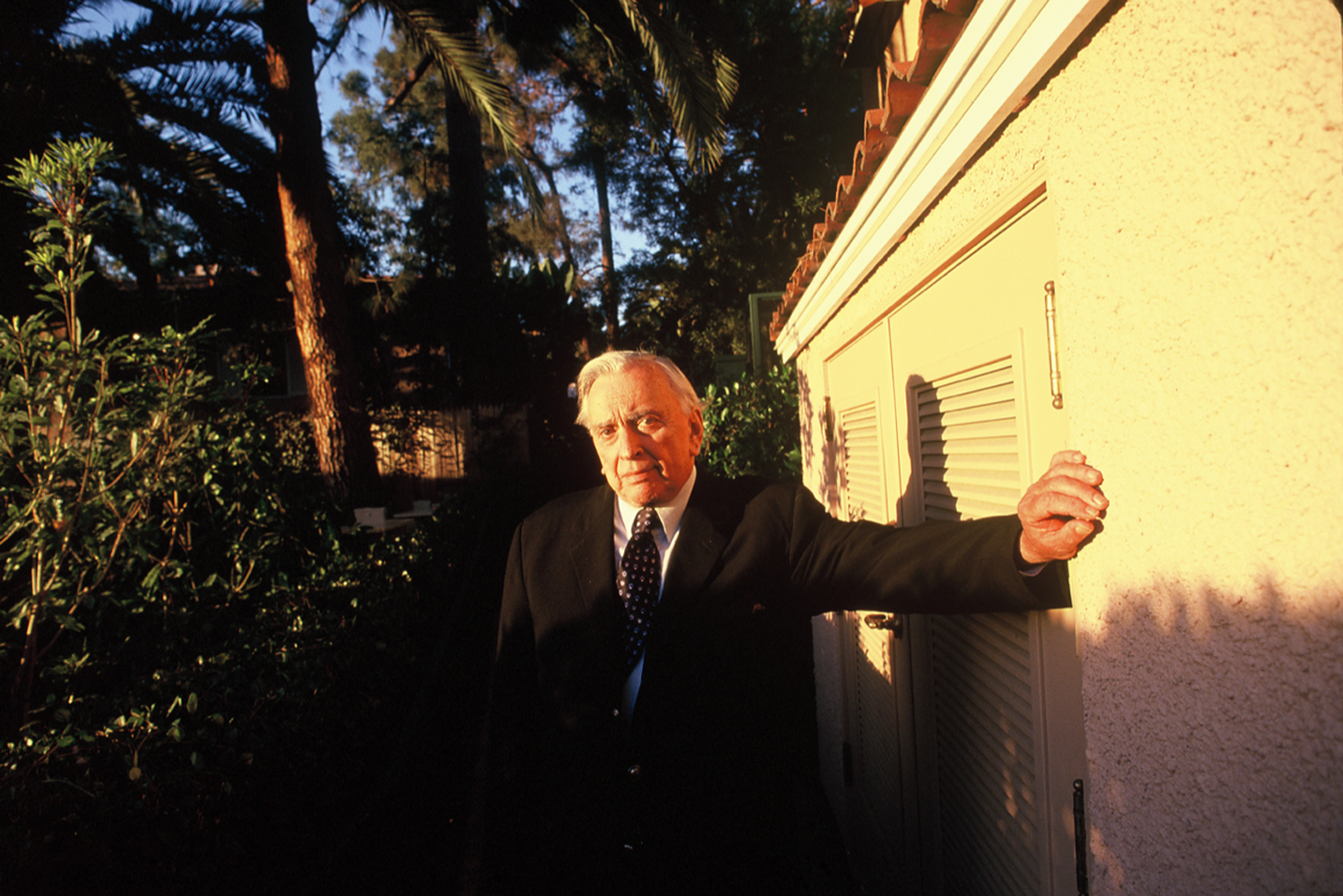Gore Vidal just outside his Beverly Hills Bungalow