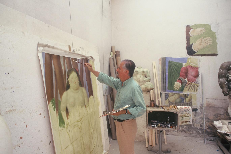 Botero in his studio