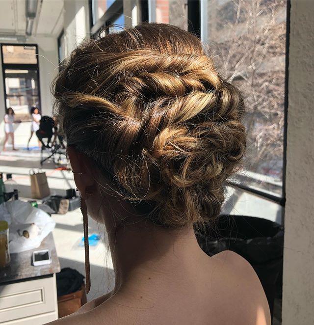 Twists and turns create an adventure of tresses. #updo #geminibride #bridalstyle #hudsonvalleybride #newyorkbridal #bridal #bridesmaidhair #effortlessupdo #bohemianupdo