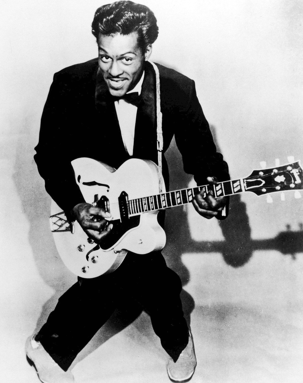 Gent Life: I Need to Get Back to the Year, 1955! (April Edition) feat. Chuck Berry