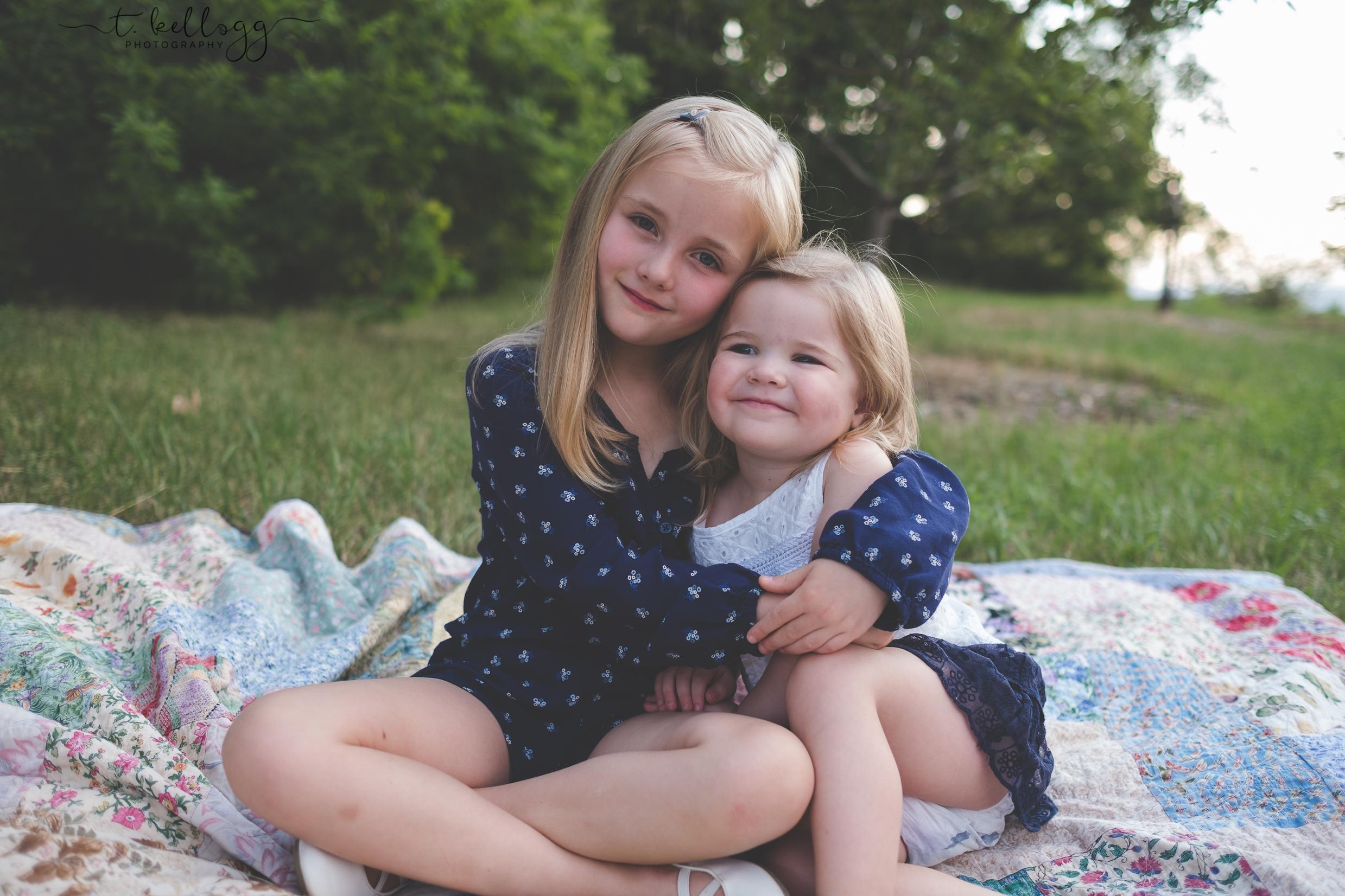sister-love-best-friends