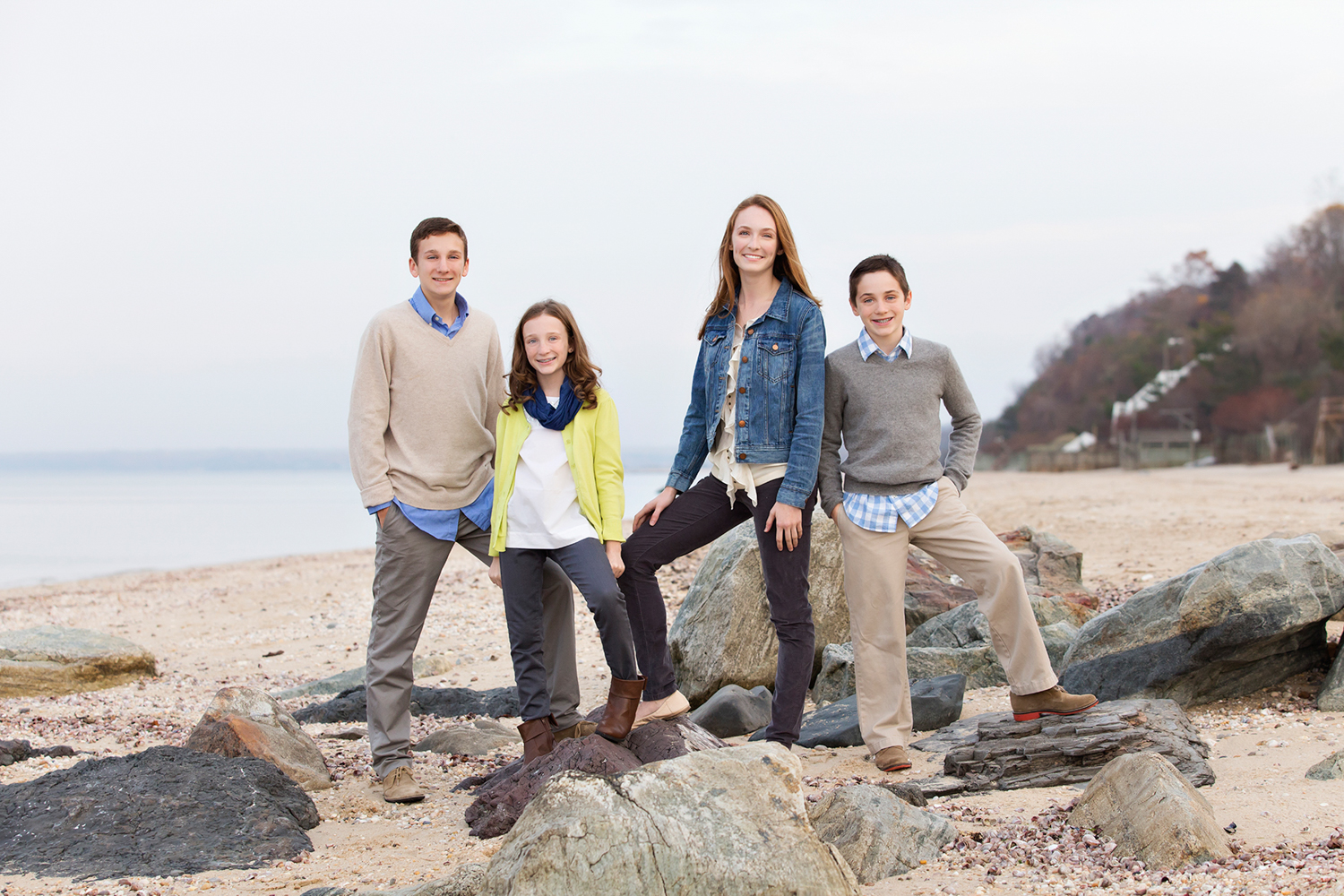 Family-siblings-photo-shoot-northport.jpg