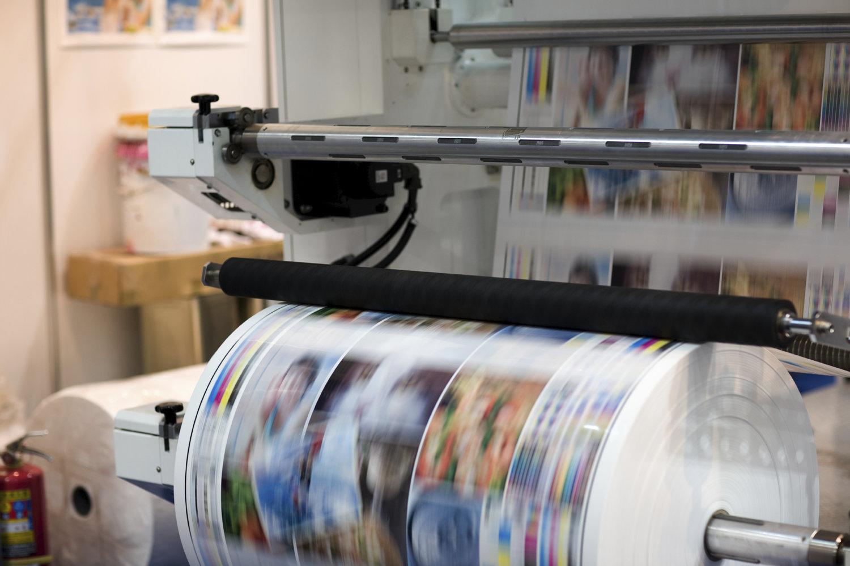 fp-pigments-Ink-roller-newsprint.jpg