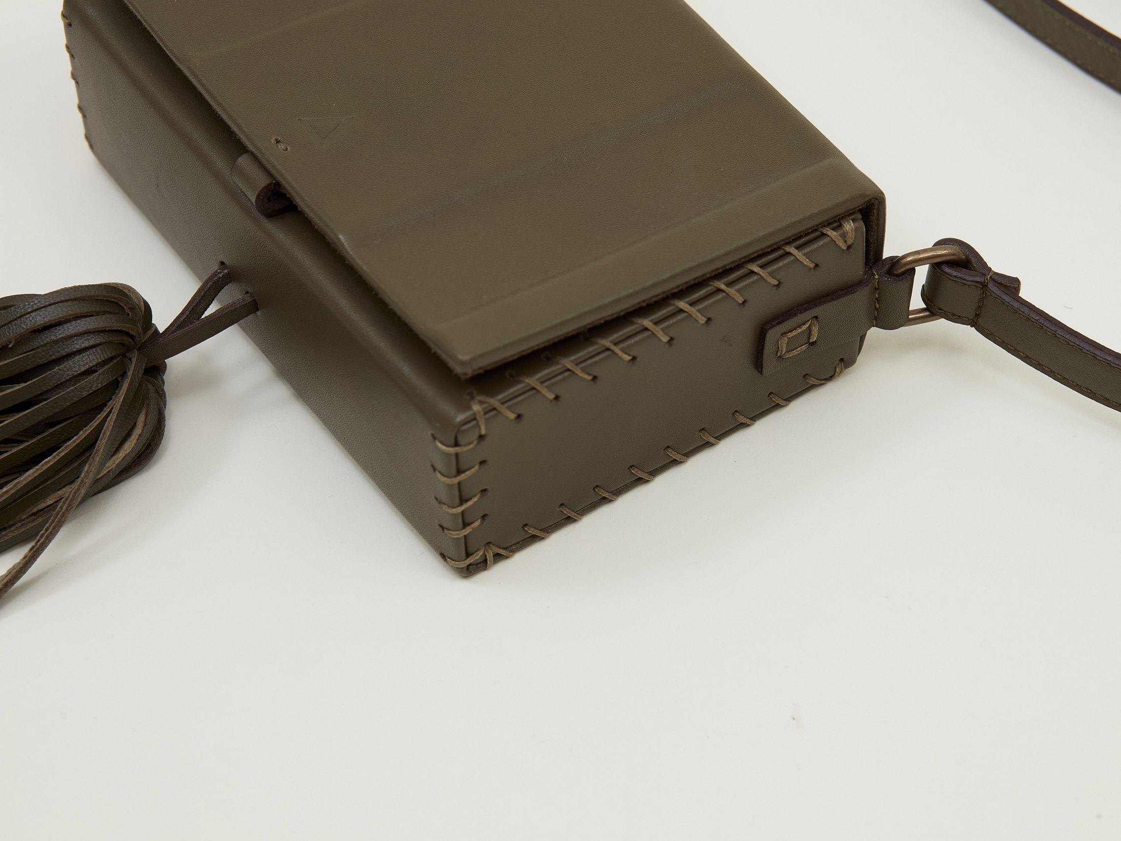 zeus-+-dione-handbag-olive-001-5a15aead51c9a.jpg