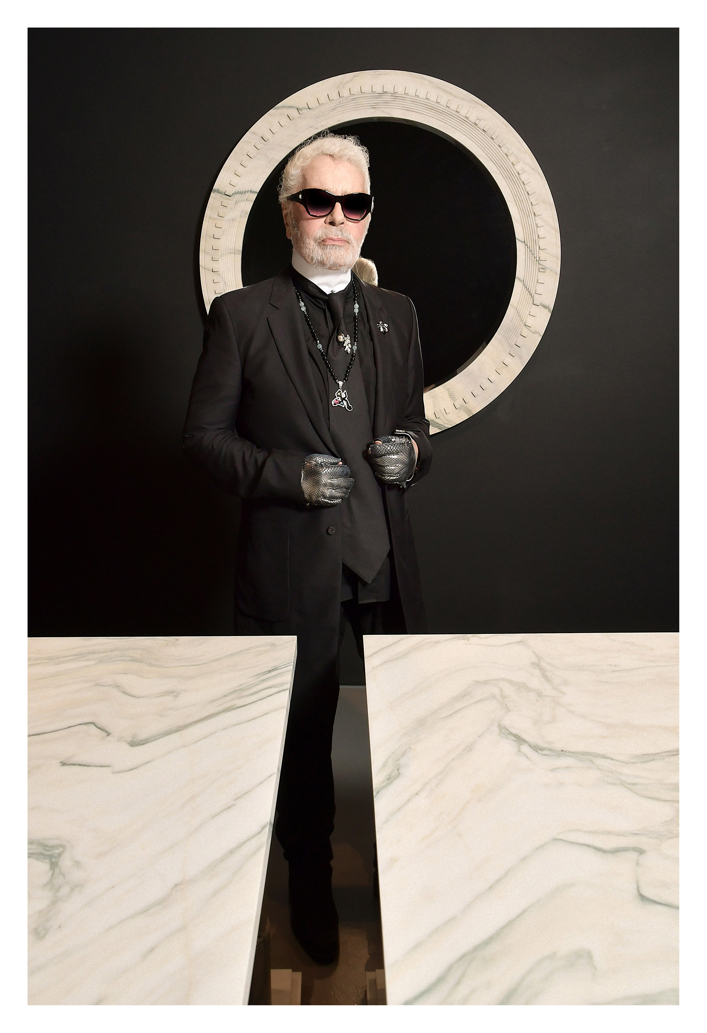 Karl-Lagerfeld-Carpenters-Workshop_dezeen_2364_col_2.jpg