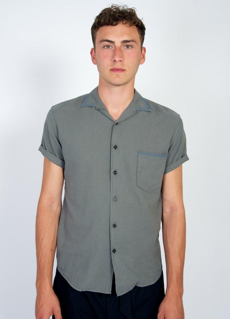 look-17-10-jonny-short-sleeve-shirt-cotton-twill-eucalyptus_1024x1024.jpg