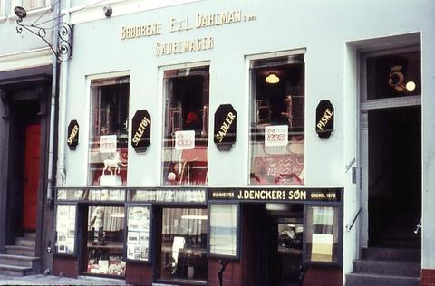Dahlman's, 1975