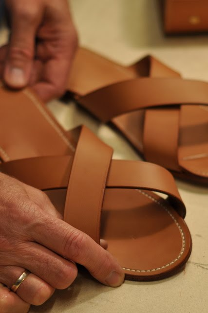 Designers Erik Herløw and Poul Kühl came to Erik Hendriksen to ask for making these sandals which became well-known in designer's circles.
