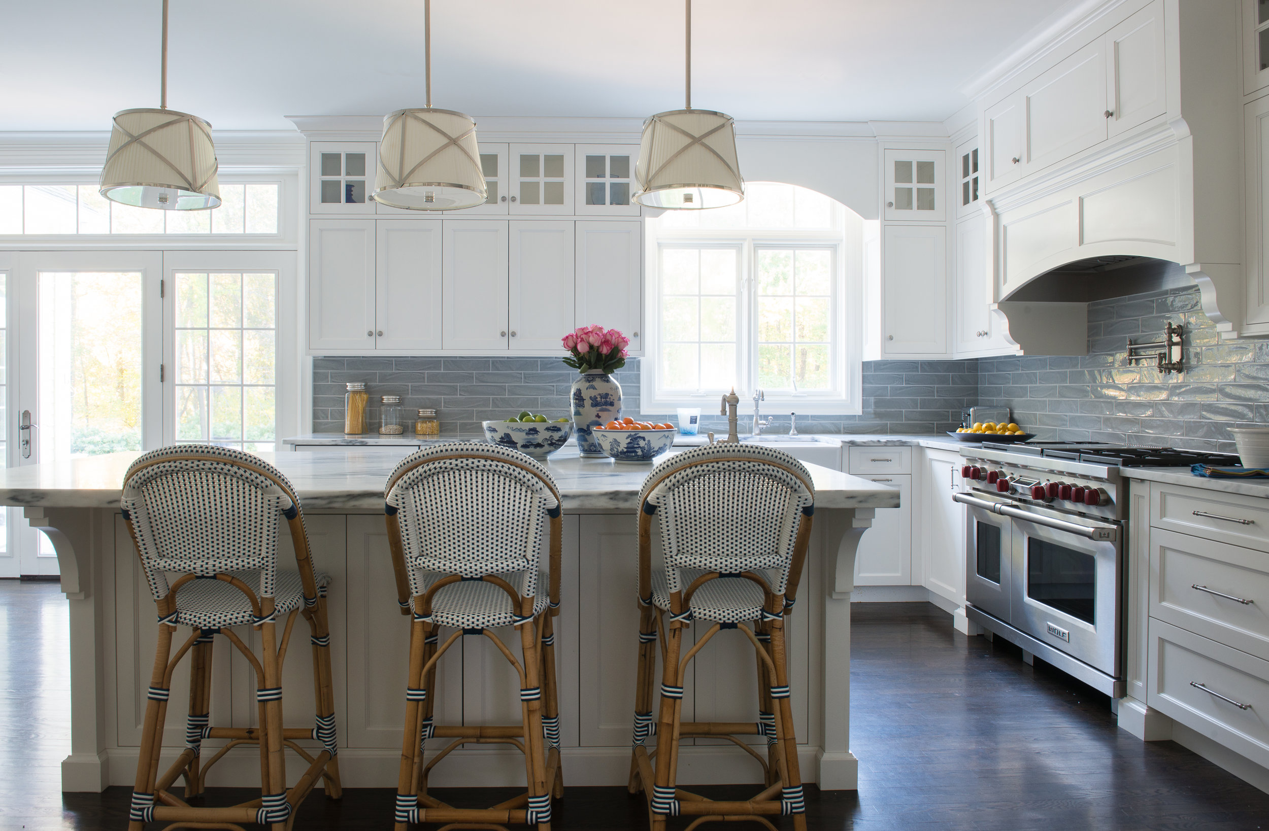 KITCHEN - ISLAND CHAIRS AND LIGHT FIXTURES