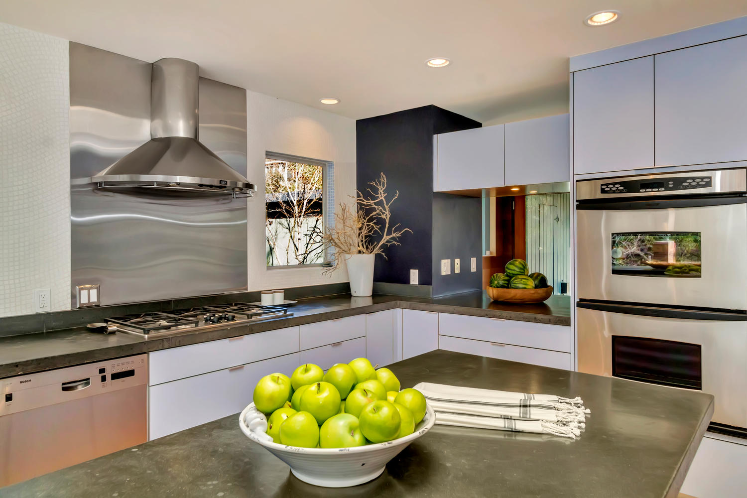 40 Acacia Dr Orinda CA 94563-large-025-7-Stainless Steel Appliances-1500x1000-72dpi.jpg