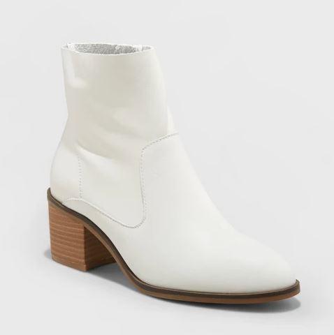white boot.JPG