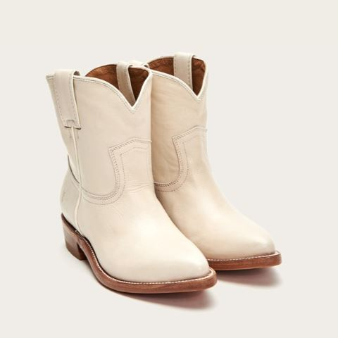 white boots 2.JPG